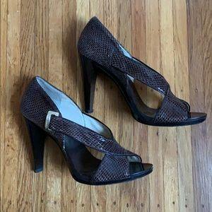Michael Kors size 6 brown heels